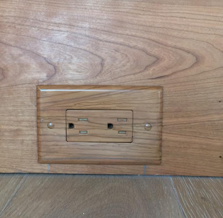 1 wood switchplate